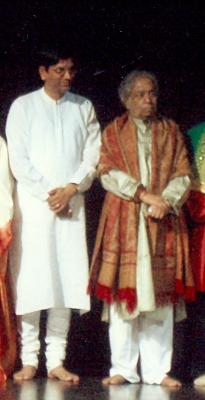 With Pt.Birju Maharaj at Bhartiya Vidya Bhavan, London
